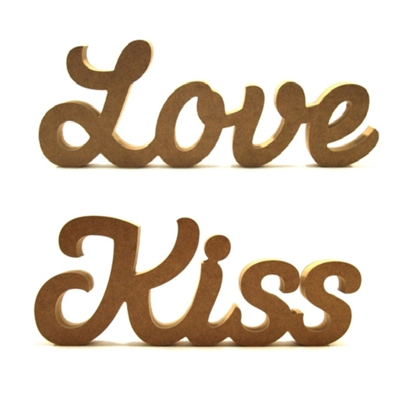Love or Kiss in Susa Font