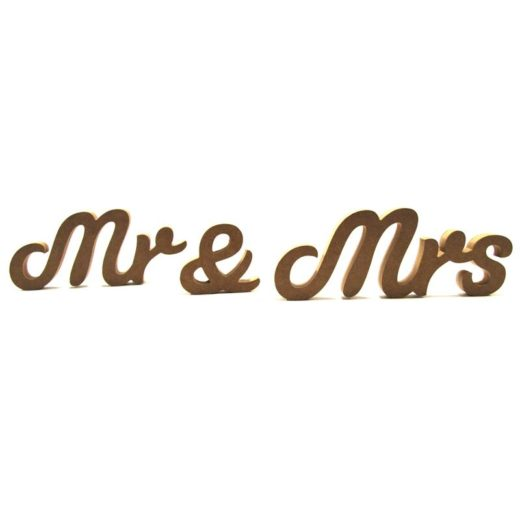 Mr & Mrs (susa font)