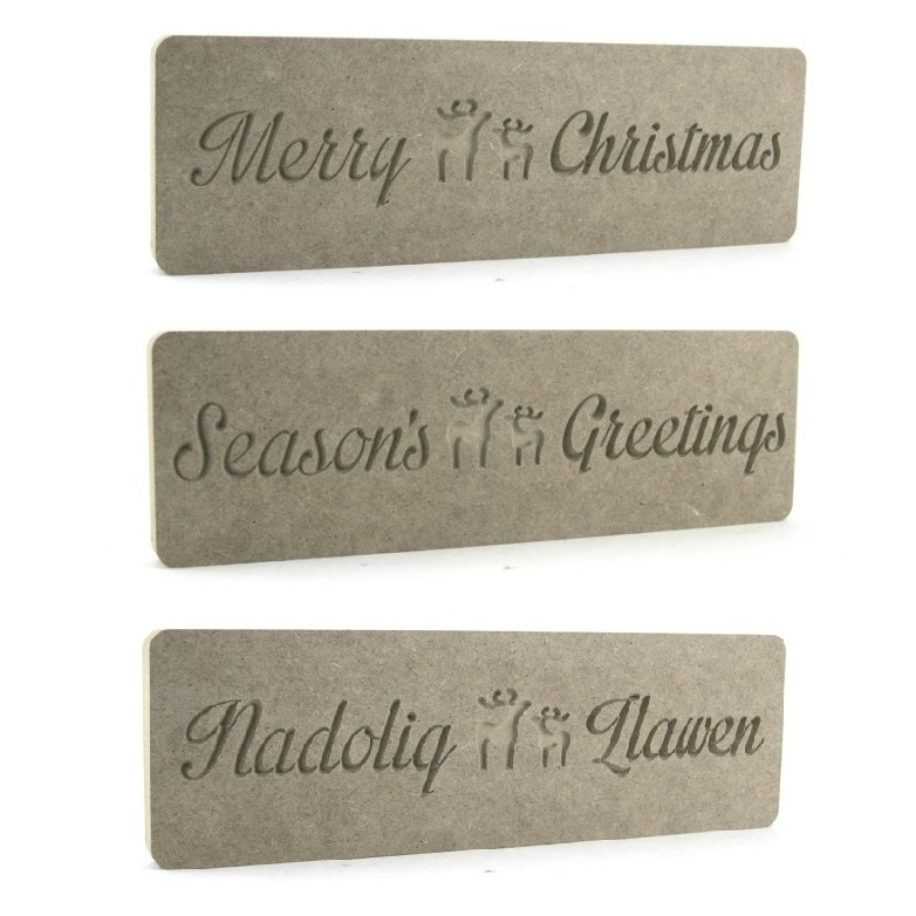 Christmas Plaques with Reindeer Centers